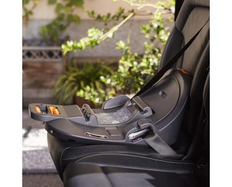 Автокресло Chicco 2Easy (0-18 кг)